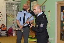 Policisté navštívili školku v Benátkách