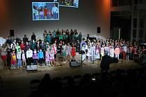 Slavnostní koncert ke čtyřicetinám pěveckého sboru Paprsek.