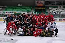 Hokejové utkání fotbalistů FK Mladá Boleslav - Viktoria Žižkov