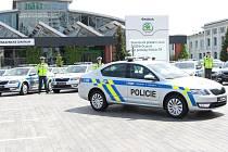 Policie převzala další vozy Škoda Octavia