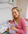Filip Slavík se narodil 11. března, vážil 3,69 kg a měřil 53 cm. S maminkou Šárkou a tatínkem Radkem bude bydlet v Brandýse nad Labem, kde už se na něho těší sestřička Karolínka.