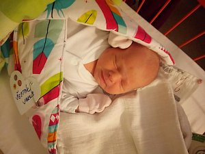 Jakub Šesták se narodil 2. října mamince Markétě a tatínkovi Romanovi. Vážil 4,03 kg a měřil 53 cm.