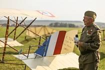 Letové ukázky historických letadel v Mladé Boleslavi v pátek 10. září 2021.