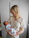 Maxim Hranička se narodil 1. března, vážil 3,23 kg a měřil 49 cm. S maminkou Olgou a tatínkem Josefem bude bydlet ve Všechlapech, kde už se na něho těší bráška Mareček.