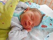 Jakub Lutz se narodil 9. března, vážil 4,2 kg a měřil 52 cm. S maminkou Michaelou a tatínkem Lukášem bude bydlet v Mladé Boleslavi, kde už se na něho těší sestřička Karolínka.