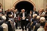 Z koncertu komorního orchestru v mladoboleslavském kostele sv. Bonaventury.
