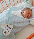 Kája Vlasák se narodil 27. června, vážil 2,84 kg a měřil 48 cm. S maminkou Katkou a tatínkem Karlem bude bydlet v Kosmonosích.
