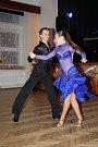Reprezentační ples Bakova nad Jizerou.