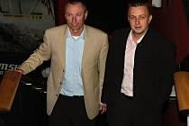 Generální manažer BK Mladá Boleslav Cyril Suk (vlevo) a ředitel klubu Michal Koliáš