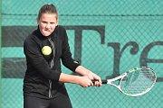 Tenisový turnaj v deblu ve Sportovním areálu Kolomuty.