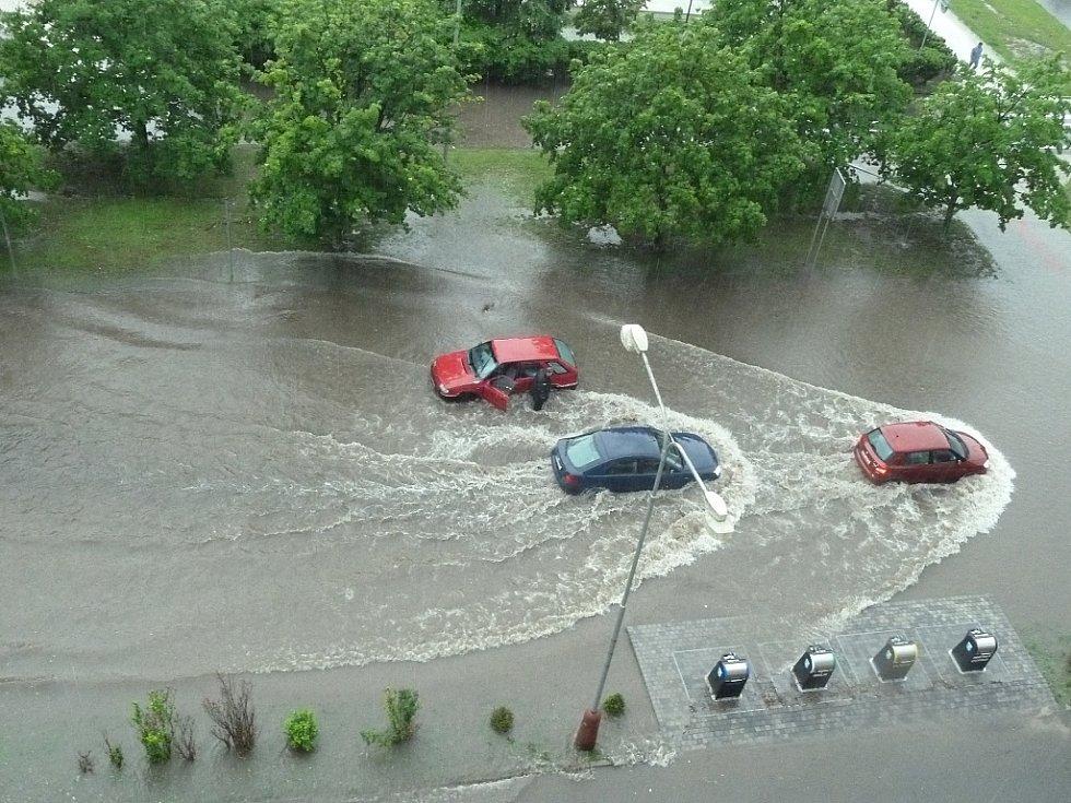 Voda v ulicích Mladé Boleslavi