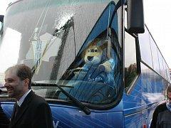 Nový design autobusu boleslavských fotbalistů