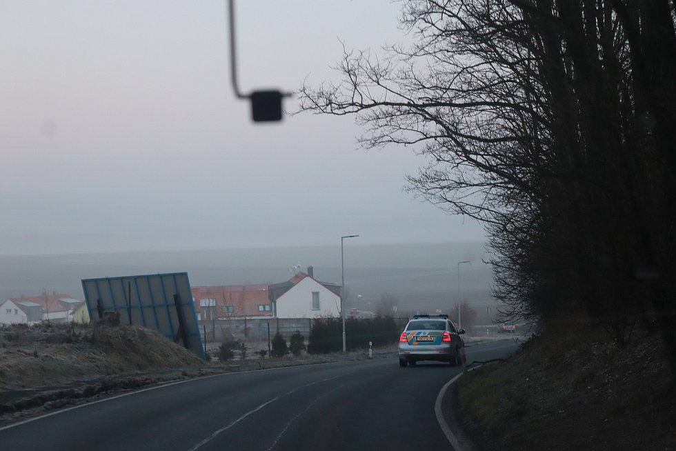 Policisté na Mladoboleslavsku kontrolovali vozidla na hranici okresů.