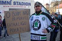 Vedení extraligy leží boleslavským fandům pořádně v žaludku. Demonstrovali.