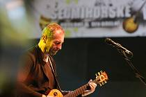 Kapela Čechomor zahrála ve čtvrtek 31. srpna na festivalu Sedmihorské léto se zpěvačkou Martinou Pártlovou.