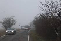 Mlha pohltila Mladoboleslavsko (3. března 2021).