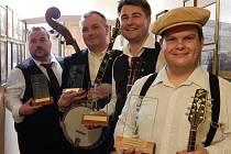 Kapela se dvěma Mladoboleslaváky zahraje v Praze.