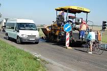 Oprava silnice na trase Mladá Boleslav - Nymburk mezi rychlostní komunikací R10 a Libichovem.