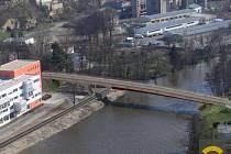 Nový most přes Jizeru u Česany.