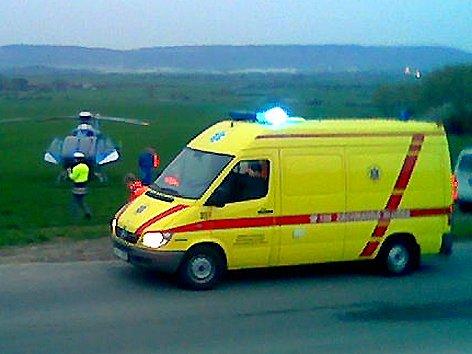 Tragická dopravní nehoda u Horních Stakor. (Foto čtenáře Deníku mobilním telefonem)