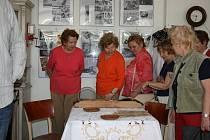 Městský klub seniorů zahájil další výstavu.