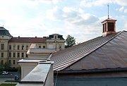 Nová střecha sokolovny v Palackého ulici v Mladé Boleslavi.