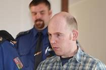 V Mladé Boleslavi začal soud s obžalovaným Saschou Giuseppe Spataro, který se v květnu řítil v protisměru na R10.