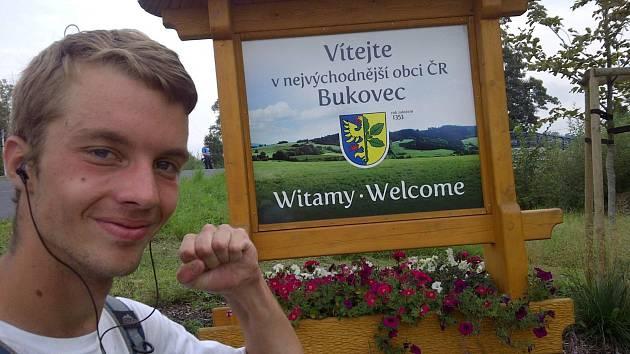 Viktor Čavoš v cíli své cesty.