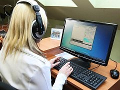 Klaudiánova nemocnice pomáhá neslyšícím
