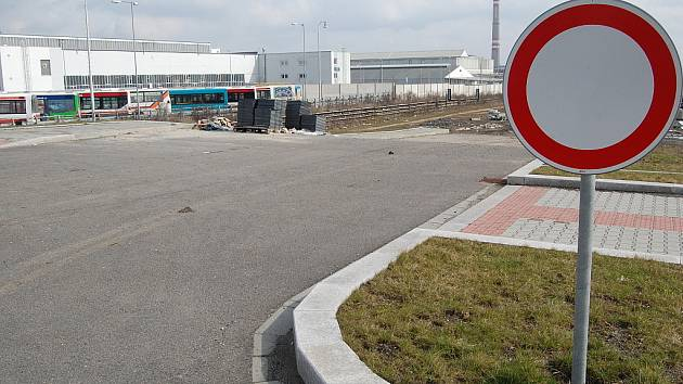 Severovýchodní tangenta se napojí na nultou etapu u Bondy centra a zákaznického centra Škody Auto na třídě V. Klementa.