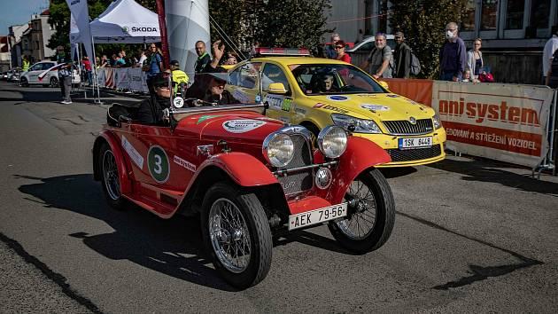 Ze stratu Oldtimer Bohemia Rally 2020.