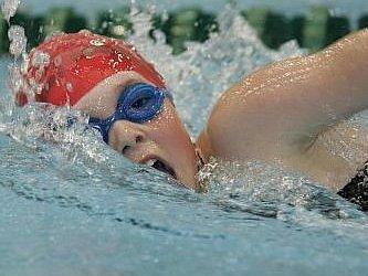 Kristýna Pažoutová je velkou nadějí českého plavání.