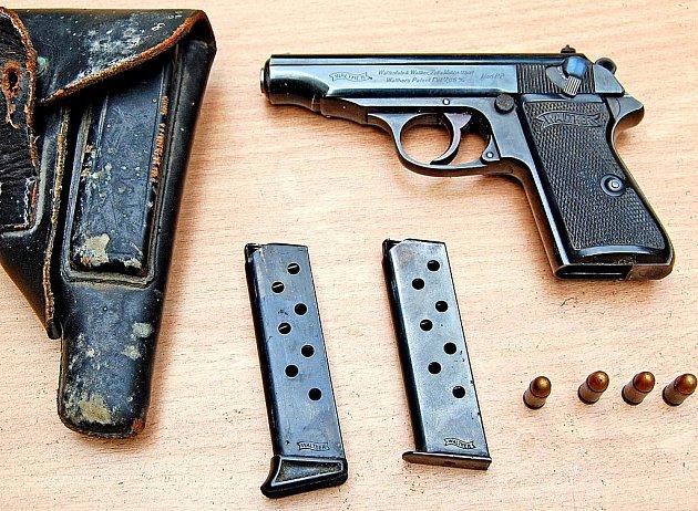 Ilustrační foto - pistole