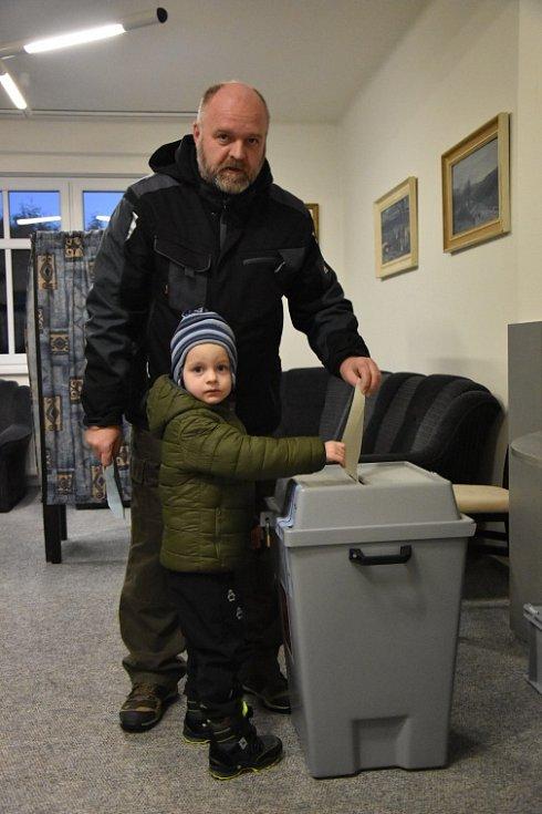 Prezidentské volby - Semčice.