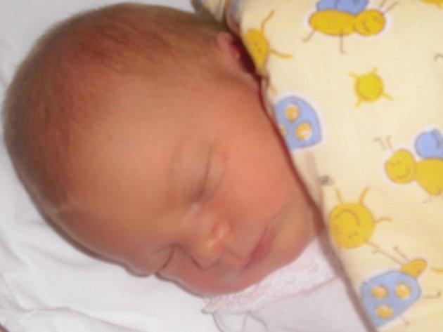 Laurinka Turková přišla na svět 16. listopadu. Po porodu vážila 3,36 kilogramu a měřila 50 centimetrů. Z  dcery se raduje maminka Petra Konůpková a tatínek  Jan Turko. Doma bude v Luštěnicích.