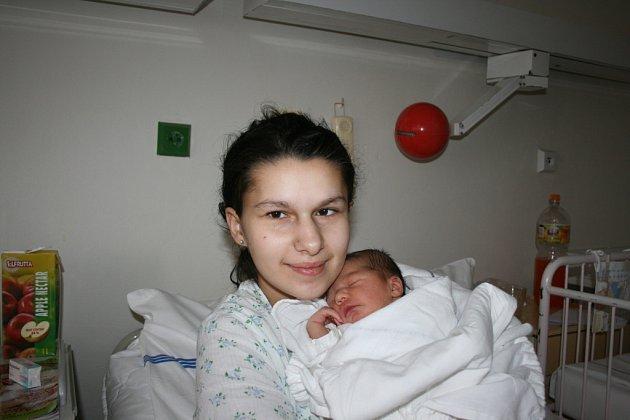 Deniska se narodila 4. 3. Denise Fečové a Milanu Fejcovi z Brodců.