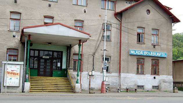 Hlavní nádraží v Mladé Boleslavi.