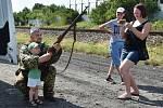 Dětský den s vojenskou tématikou v Dobrovici.