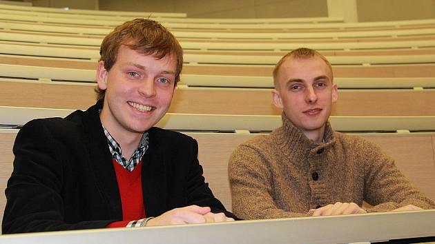 Petr Hájek (vlevo) a David Řípa odcestují v únoru na univerzitu v Šanghaji.