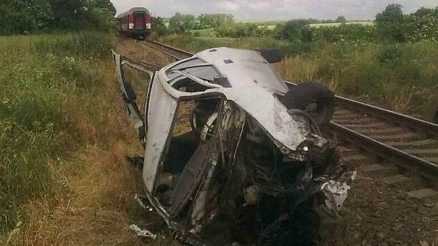 Nehoda vlaku s osobním automobilem