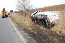 Nehoda kamionu u Dolního Bousova.