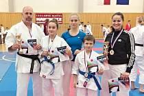 Karatisté přivezli další medaile z republikového mistrovství.