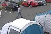 Neznámý řidič, který kradl v Mladé Boleslavi.
