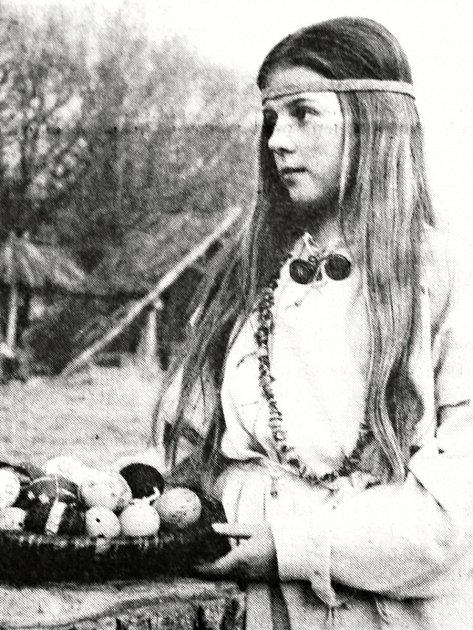 V Altamiře, dětském pravěkém skanzenu v Kosmonosích, se na Velikonoce představila velikonoční lidová tvořivost.