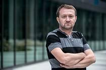 Redaktor komerční redakce Jiří Macek.