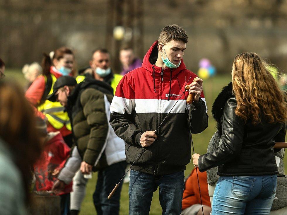 Ze setkání 'Vraťme dětem Velikonoce' na Krásné louce v Mladé Boleslavi.