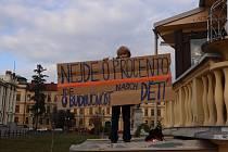 Demonstrace na podporu stávky učitelů.