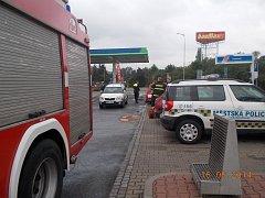 Problematické vozidlo strážníci objevili na čerpací stanici na Jičínské ulici.