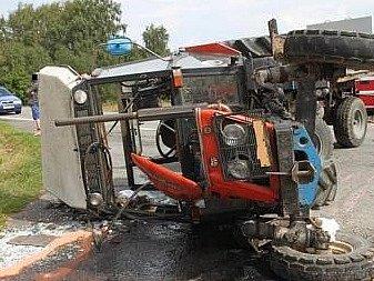 Nabouraný traktor - Ilustrační foto