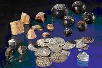 Poklad, který příští týden vystaví v Muzeu Mladoboleslavska